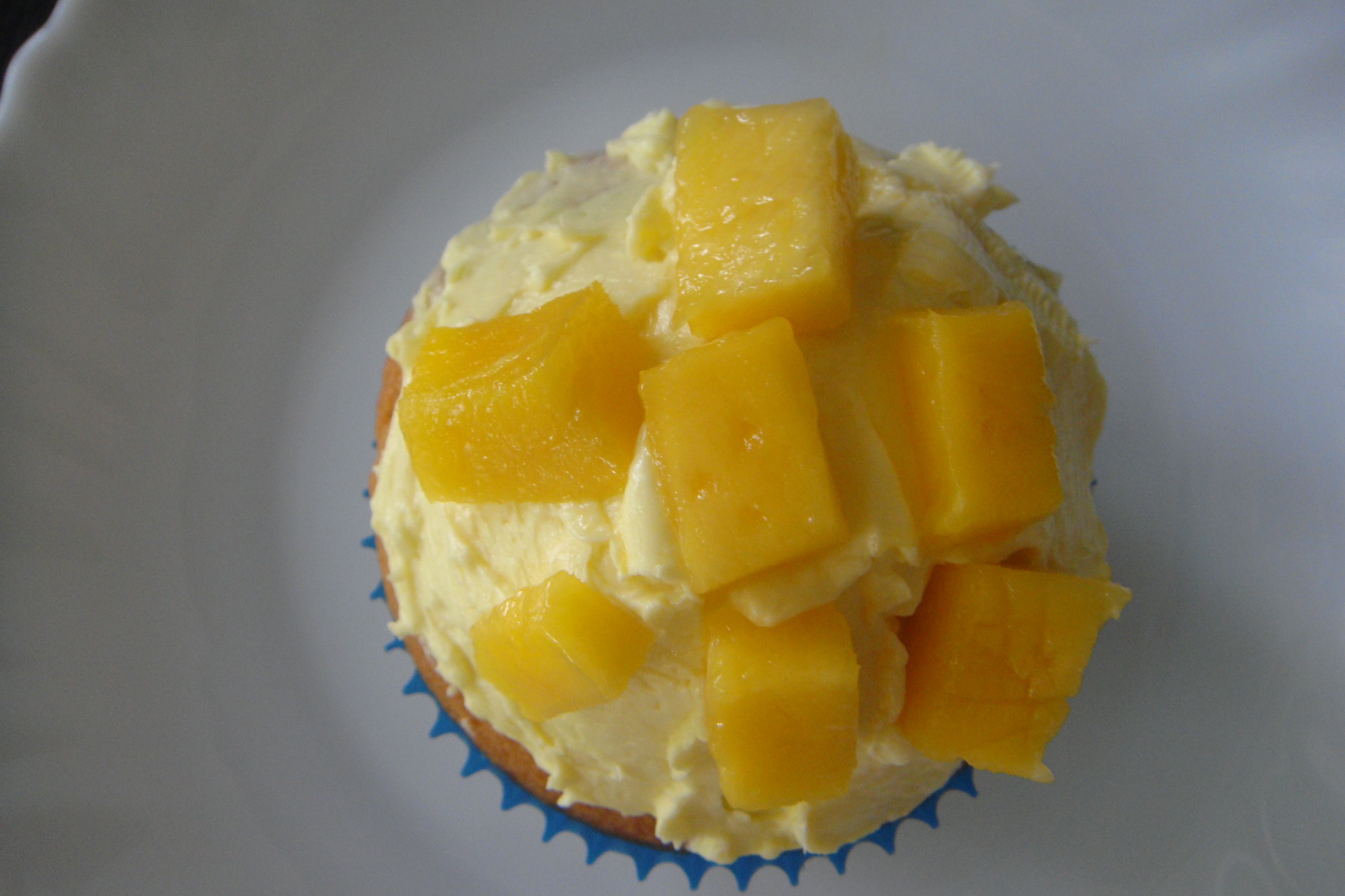 ... Vanilla Cupcakes with Mango Buttercream Frosting | eatnownownow